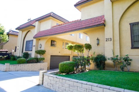 La France Townhomes Alhambra California