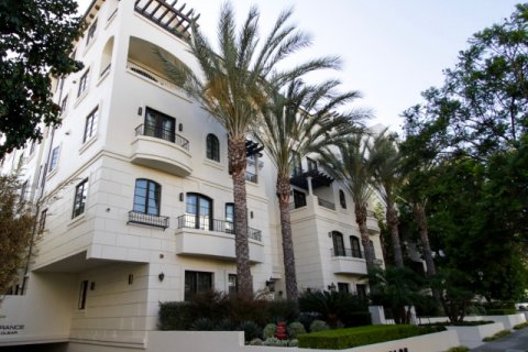 443 N Palm Dr Beverly Hills