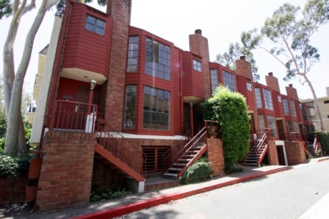 Bedford Townhomes Beverly Hills