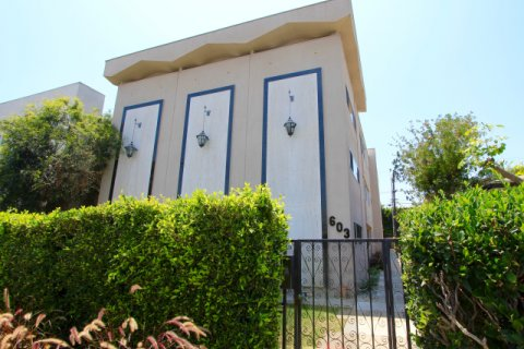 Beverly Doheny Townhouse Beverly Hills