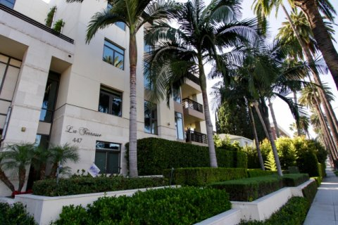 La Terrasse Beverly Hills