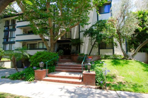 Regency Oakhurst Beverly Hills