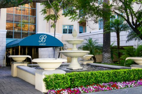 The Brentwood, Brentwood California