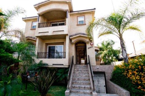2243 N Buena Vista St Burbank California