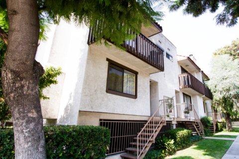 Cedar Ave Townhomes Burbank California