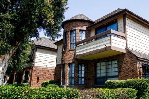 Villa's at Chesterhouse Canoga Park California