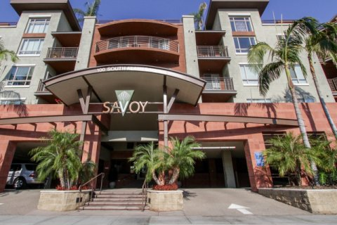 Savoy Downtown LA