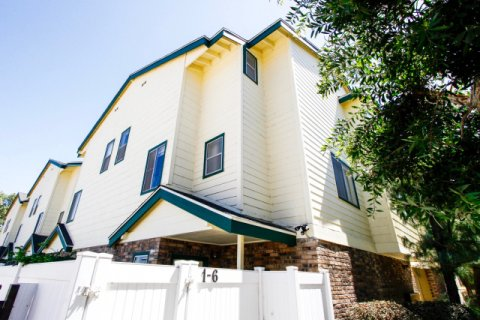 322 Raymond Ave Glendale California