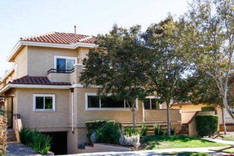 Doran Plaza Glendale California