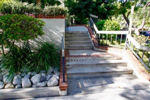 Kenwood Village Glendale California