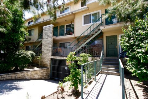 Sinclair Gardens Glendale California