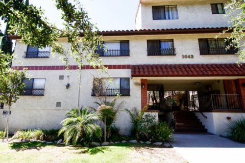 Thompson Court Glendale California