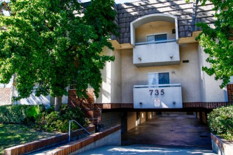 West California Townhomes Glendale California