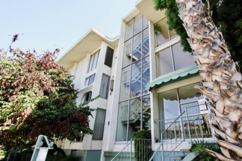 Casa Verde Long Beach