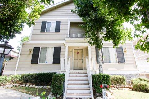 154 N Meridith Ave Pasadena