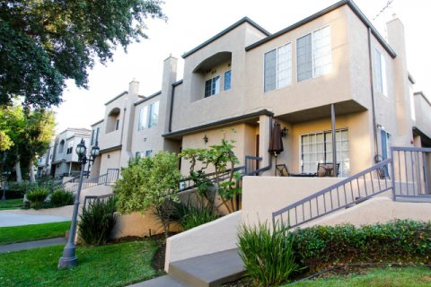 77 North Townhomes Pasadena