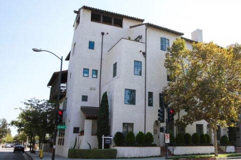 Granada Court Pasadena