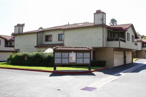Los Robles Townhomes Pasadena