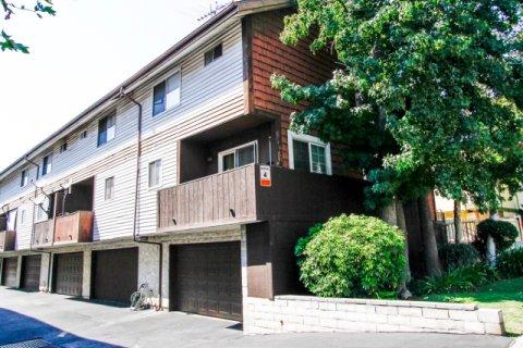 7115 Etiwanda Ave Reseda California