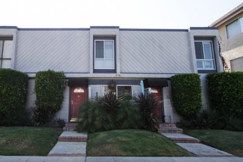 4381 Ventura Canyon Ave Sherman Oaks