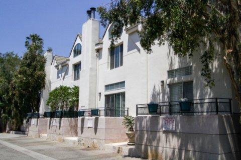 Chelsea Court Sherman Oaks