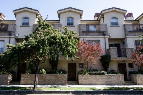 Towne Villas Sherman Oaks
