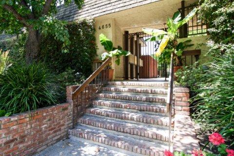 Willis Terrace Sherman Oaks