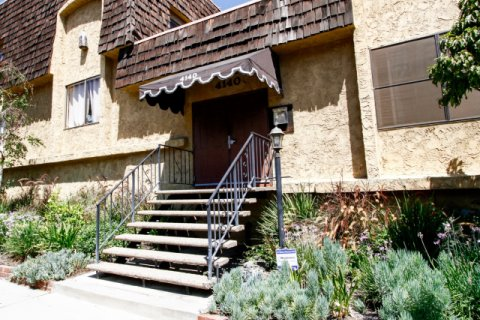 Leefield Manor Studio City