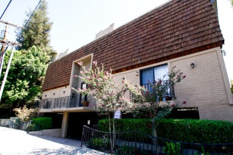 Park Row Townhomes Studio City