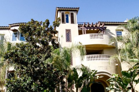 Studio Villas Studio City