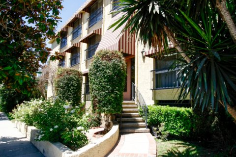 Villa Franche Studio City