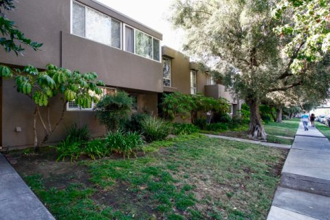 Lindley Gardens CA California