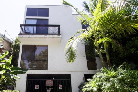 1433 N Harper West Hollywood