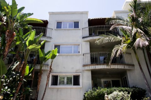 625 N Flores West Hollywood