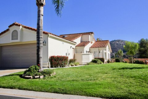Castle Creek Villas Escondido