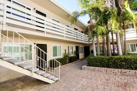 Loring Manor Pacific Beach