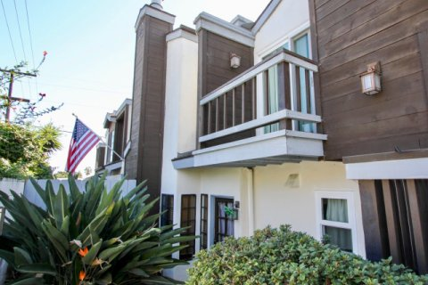 Pacifica Townhomes Pacific Beach