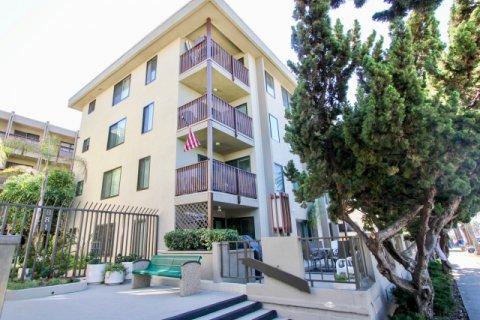 Turramurra Condominiums Pacific Beach