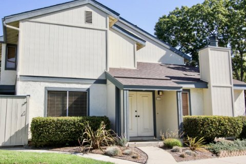 Vallecitos Townhomes San Marcos
