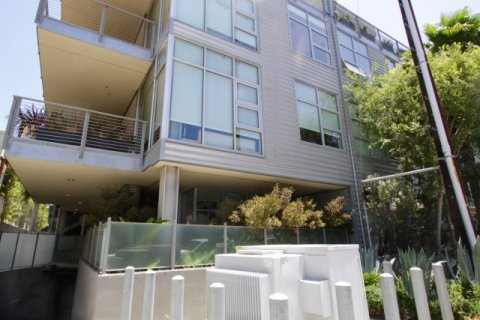Gallery Lofts Marina Del Rey