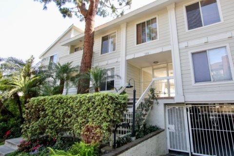 Granville Villas West LA