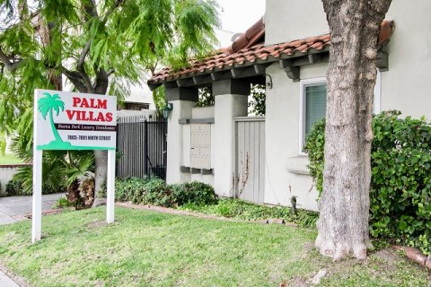 Palm Villas Buena Park