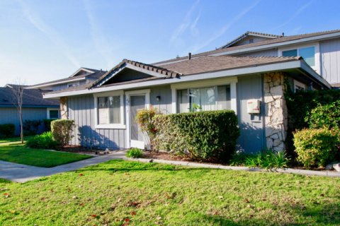 Harbor Heights Villas Huntington Beach
