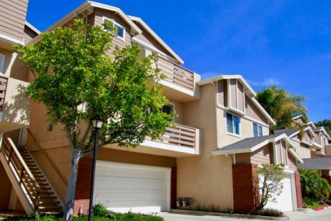 Holly Street Townhomes Huntington Beach