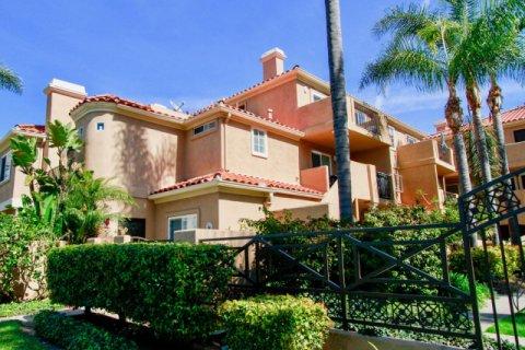 Villas Del Mar Huntington Beach