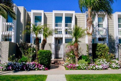 Weatherly Bay Huntington Beach