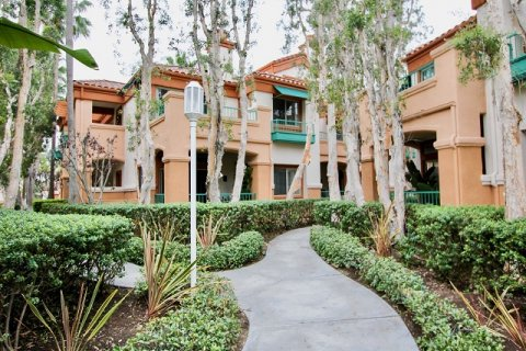 Villa Point Newport Beach