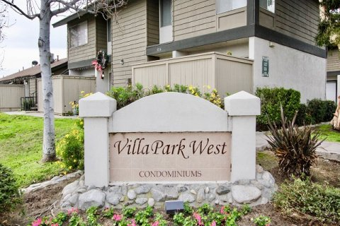 Villa Park West Orange
