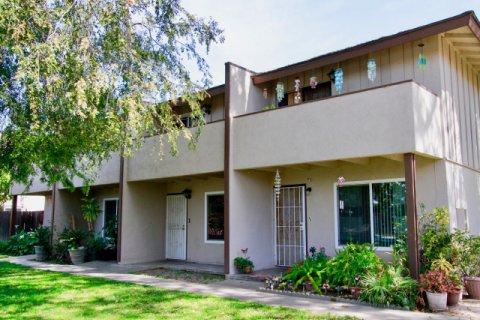 Saddlebark Park Villas Santa Ana