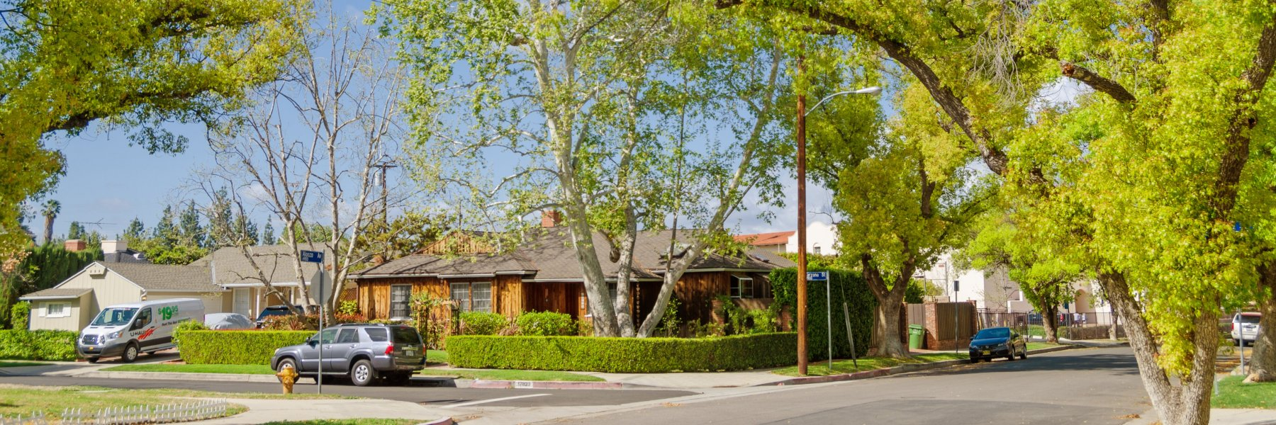 Lake Encino is a community of homes in Encino California
